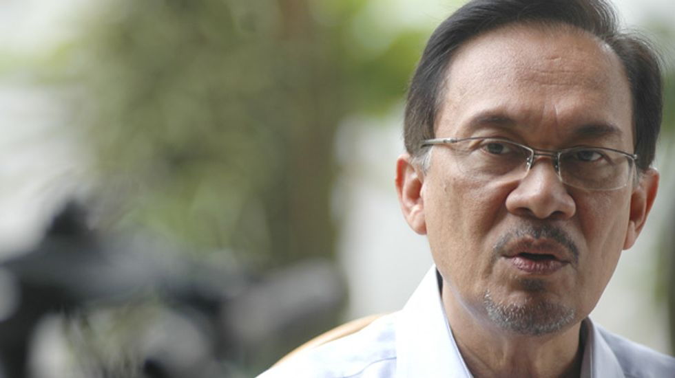 Malaysia opposition leader: Harassed by 'desperate' government sex accusations