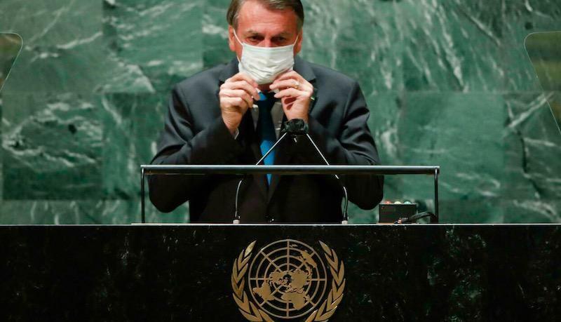 Bolsonaro tells UN he rejects vaccine passports