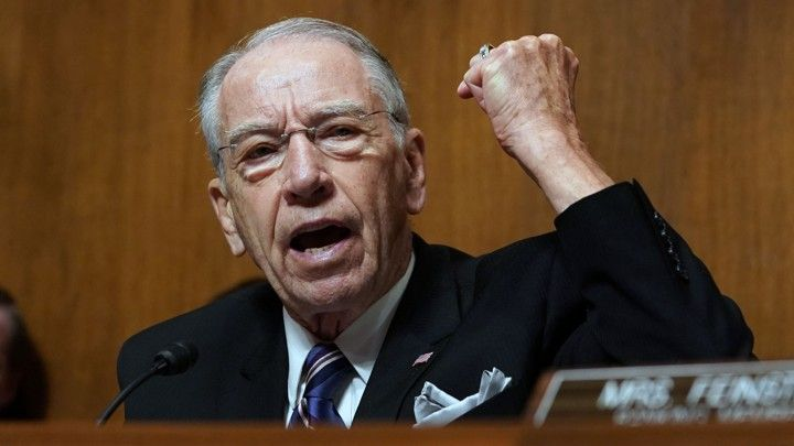 'Craven' Chuck Grassley torched on CNN for sucking up to Trump even after he was forced to 'hide' from Capitol rioters