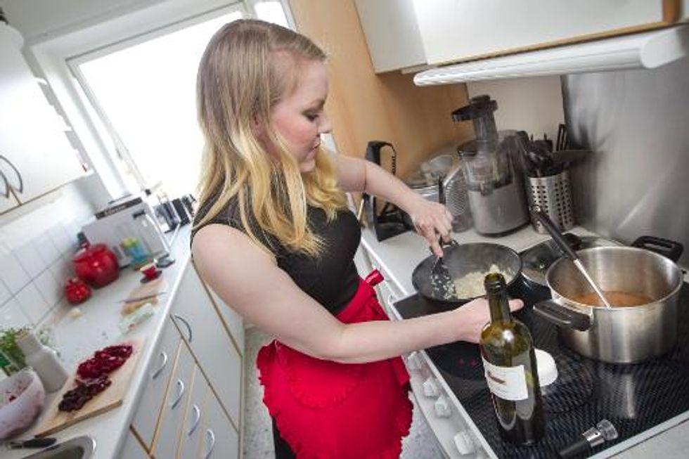 Danish website 'Dinnersurfer' turns homes into to-go restaurants
