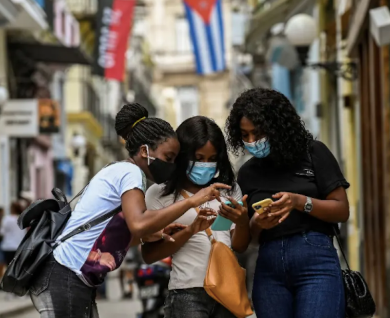 Can the US 'restore' internet to Cuba?