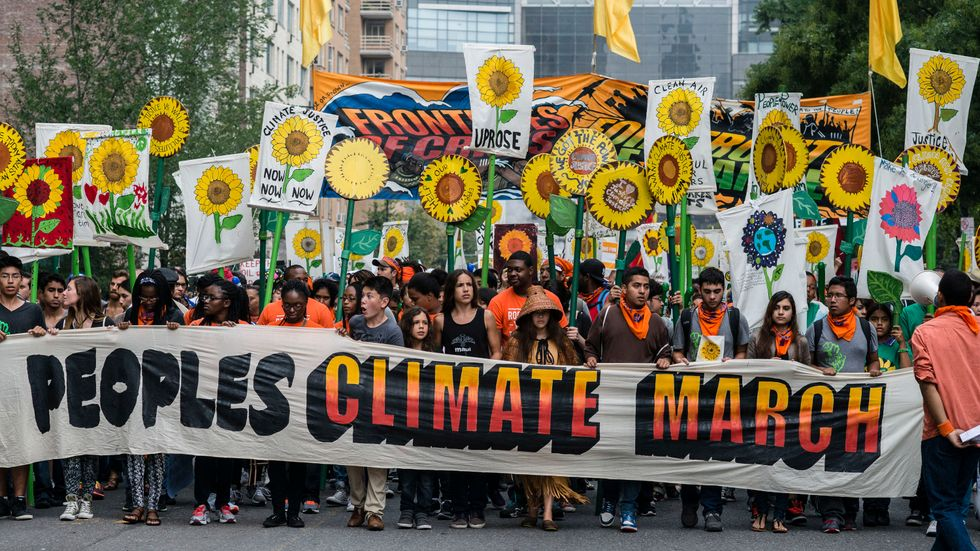Troubled climate talks scramble for exit strategy