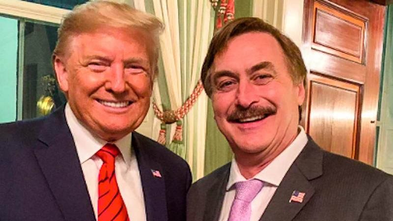 MyPillow CEO Mike Lindell spotted at Trump's Mar-a-Lago after Dominion sues him for $1.3 billion