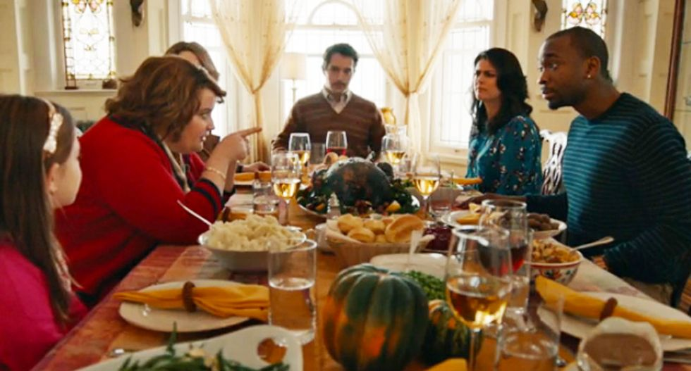 SNL has the perfect answer for how to silence crazy right-wing talk from family at Thanksgiving dinner