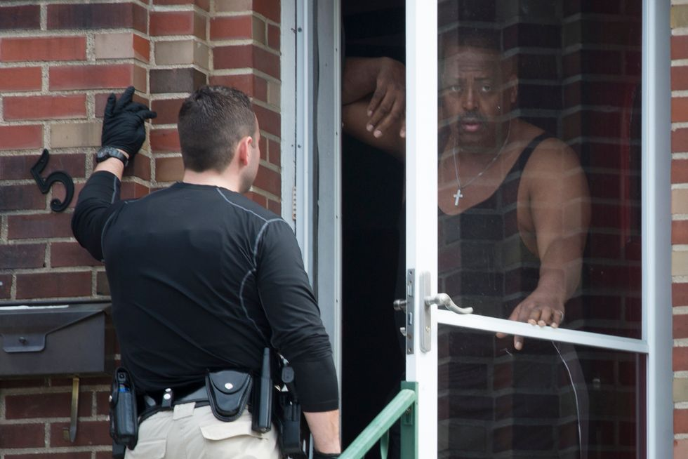 Quick answers to double shooting elude police in Ferguson, Missouri