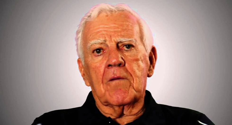 Notre Dame legend Ara Parseghian dies at age 94