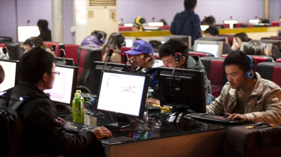 China imposes new restrictions on instant messaging tools