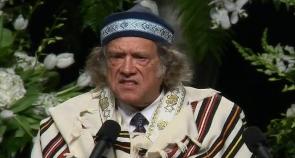 Rabbi Michael Lerner rips Trump, predicts Clinton presidency in fiery speech at Ali funeral
