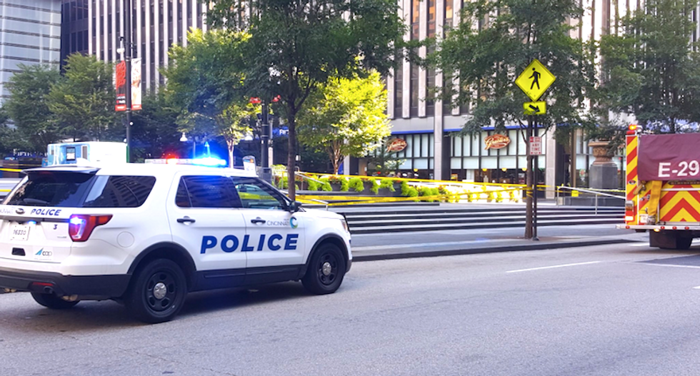 Four killed -- including suspect -- after gunman opens fire inside downtown Cincinnati bank