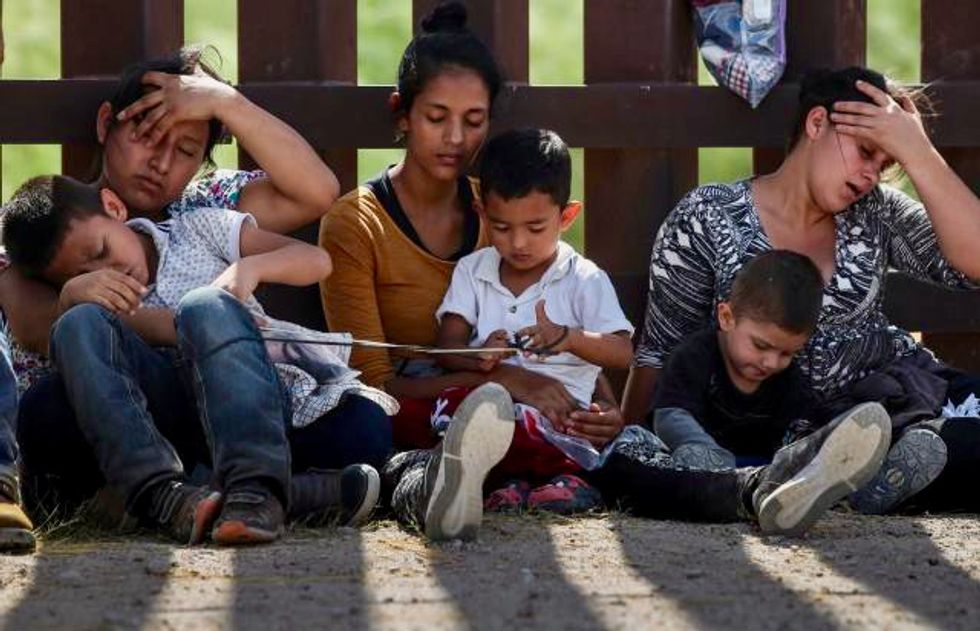 Trump administration seeks to end agreement on child migrant detention