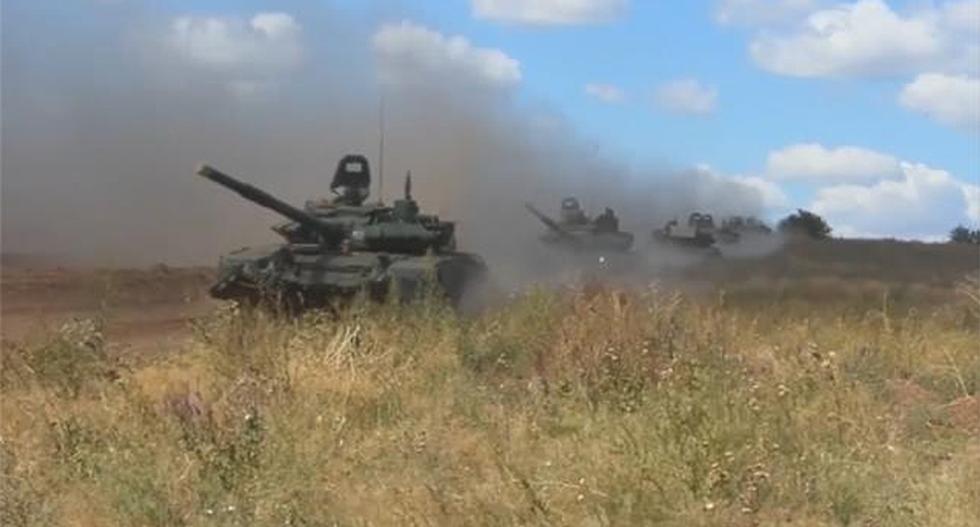 Russia starts biggest war games since Soviet fall near China