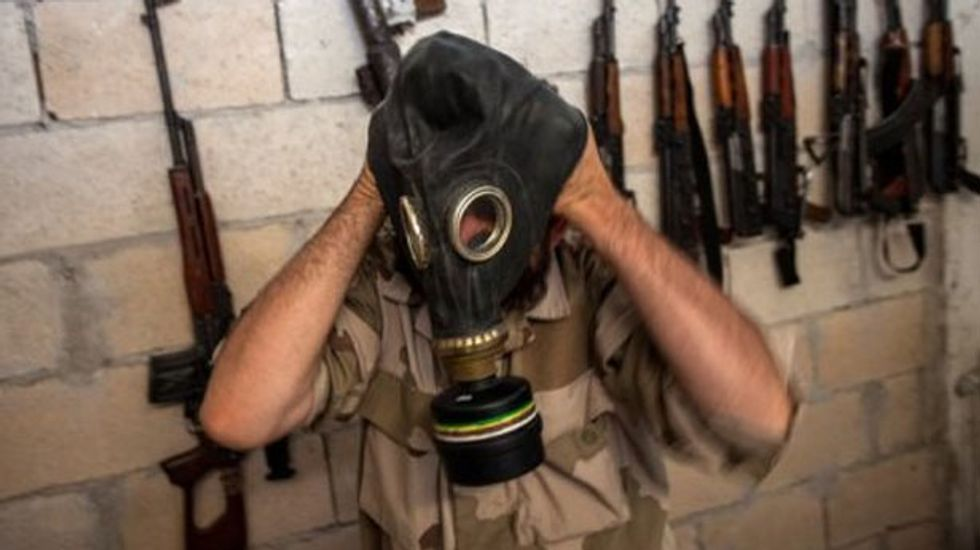 Syria hands over first batch of chemical weapons material