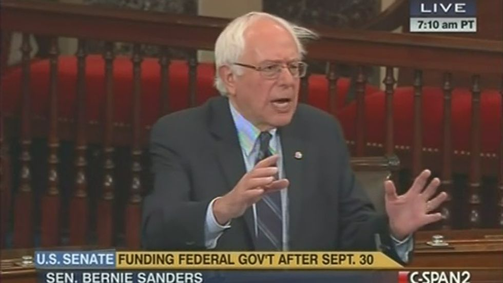 Sanders' epic Senate rant shames 'right-wing extremists' for shutdown threat