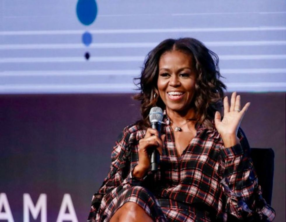 Michelle Obama announces stadium tour to support her memoir 'Becoming'
