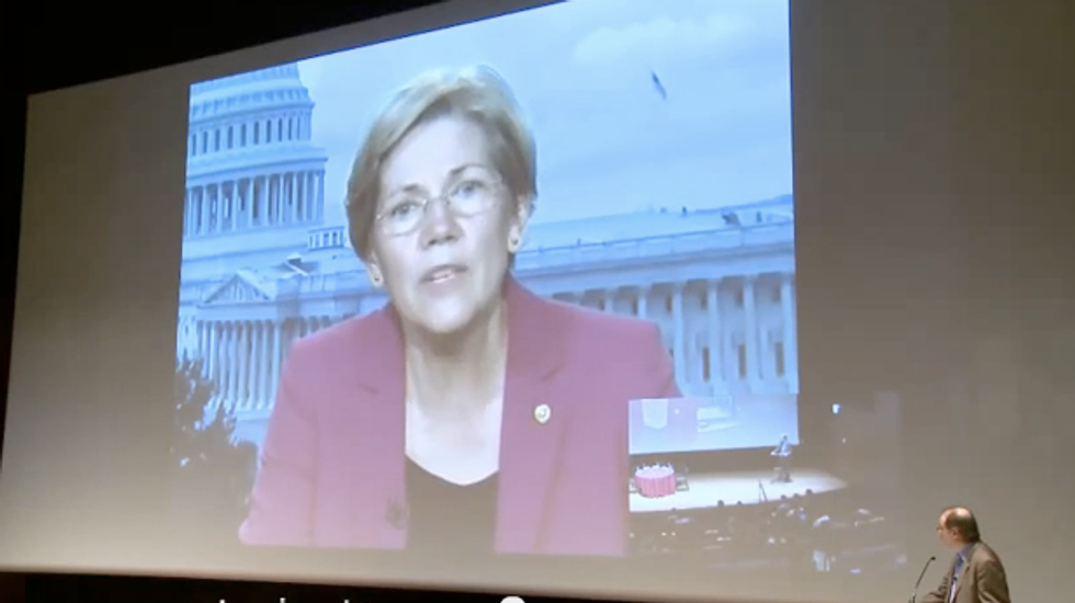 Elizabeth Warren compares compromise on government shutdown to negotiating with hostage takers