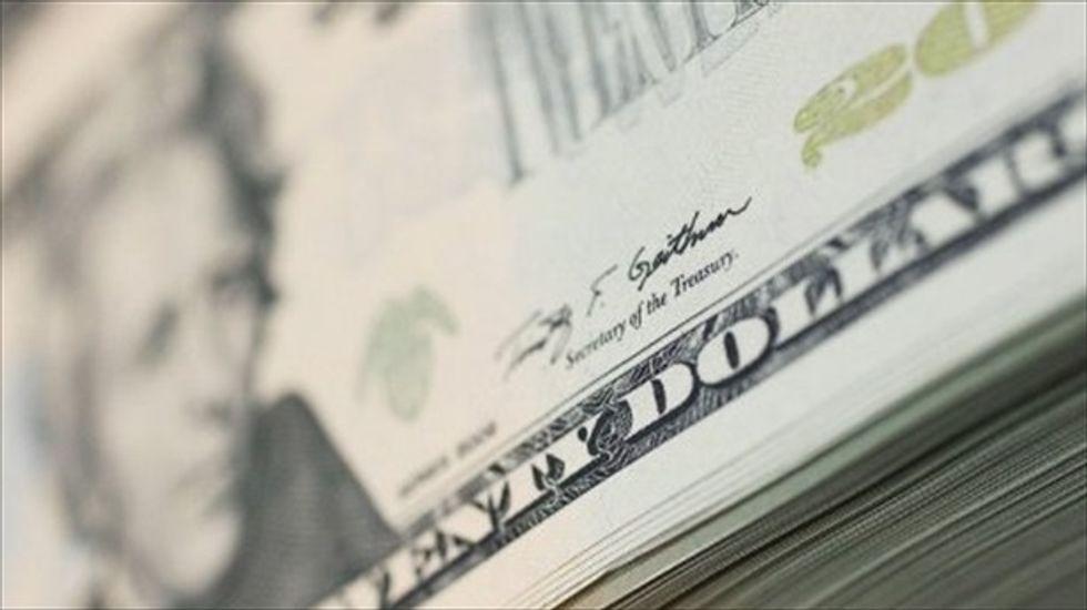 Washington paralysis sends dollar to 8-month low