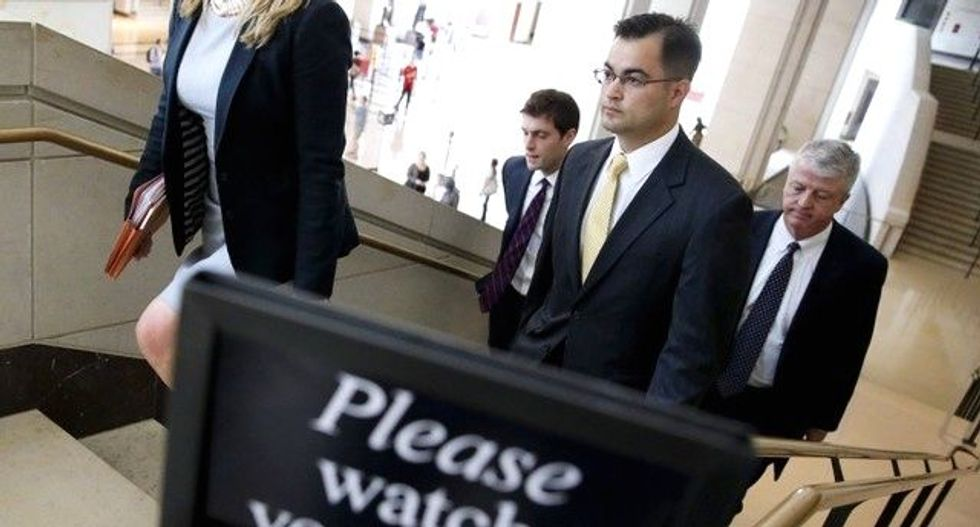 Clinton email server tech pleads the Fifth more than 120 times during hearing