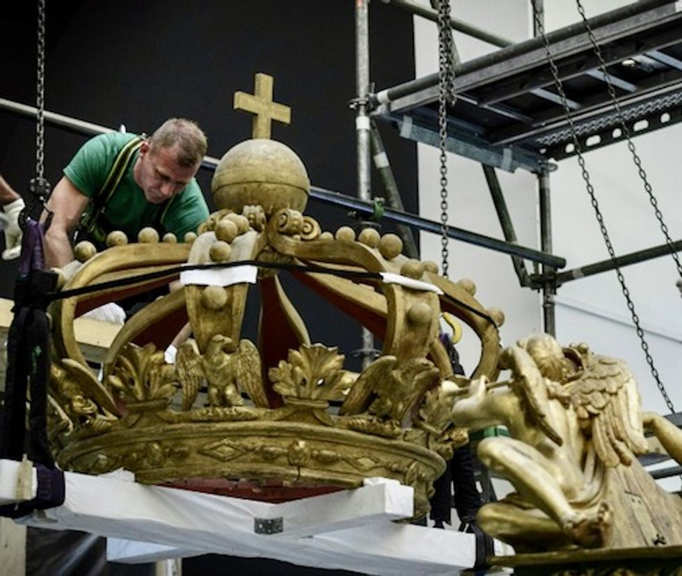 Napoleon's imperial barge on the move again