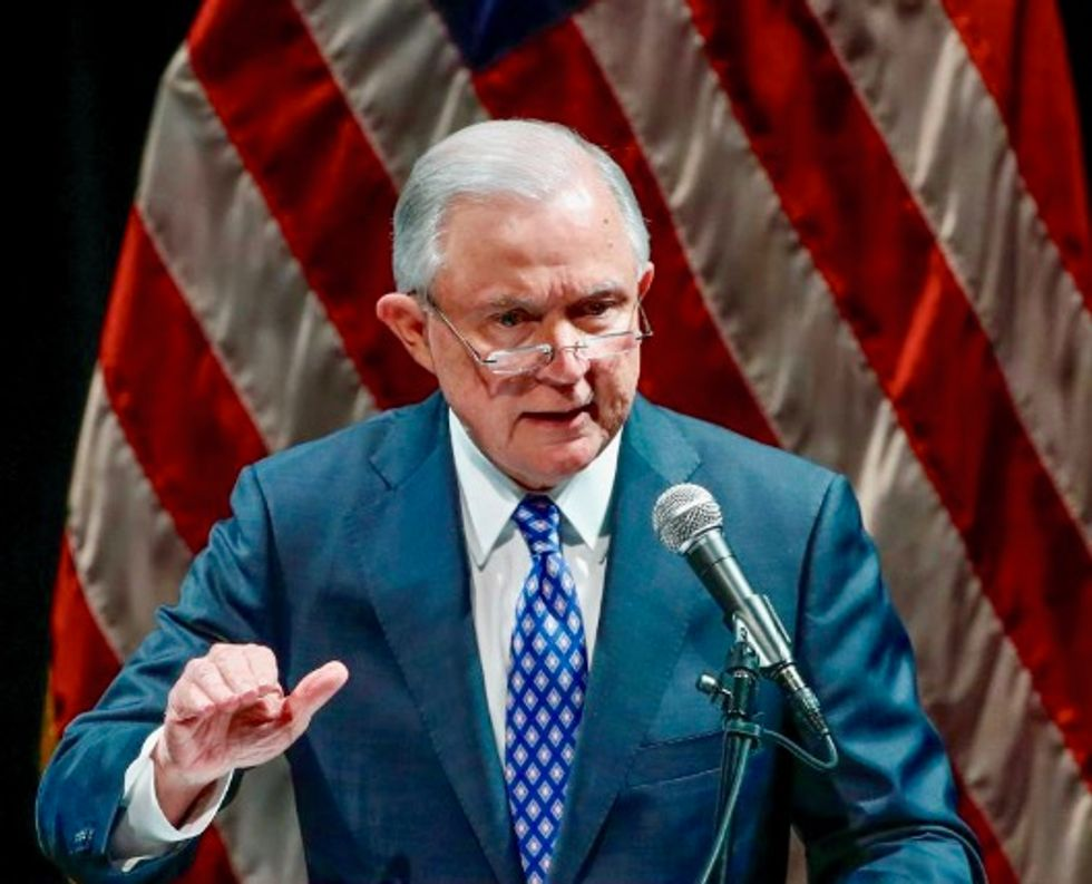Jeff Sessions limits US judges' ability to dismiss deportation cases