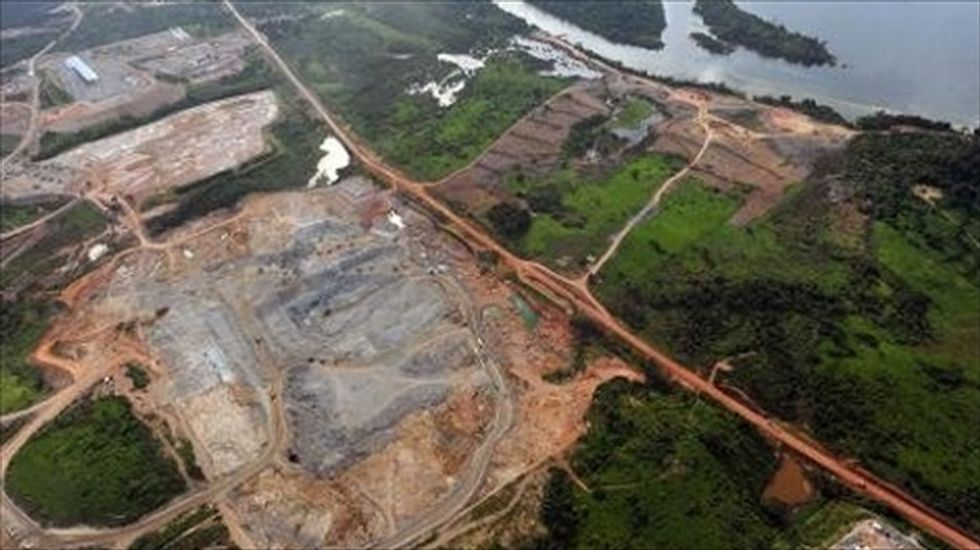 Brazilian judge suspends work on huge Amazon dam project