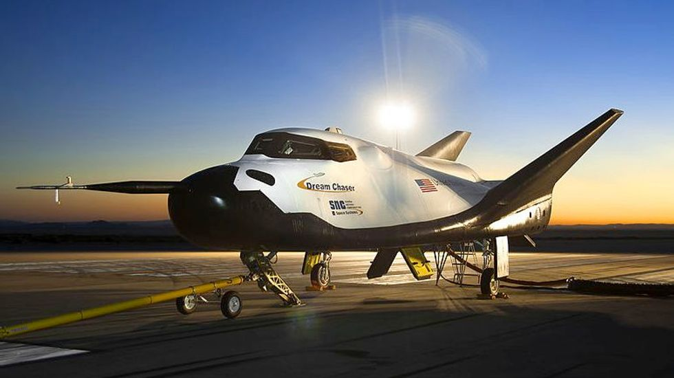 Privately owned Dream Chaser spacecraft test flight goes perfectly, except for one thing