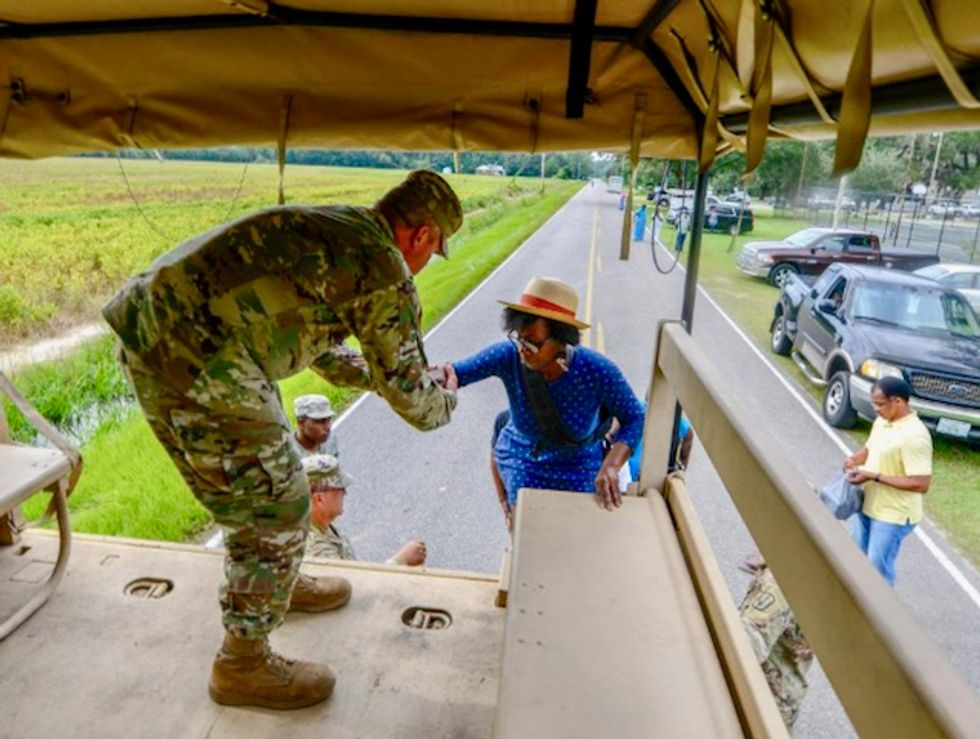 Florence-triggered flooding washes into South Carolina