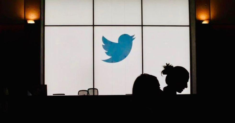 Twitter to label 'misleading' virus content