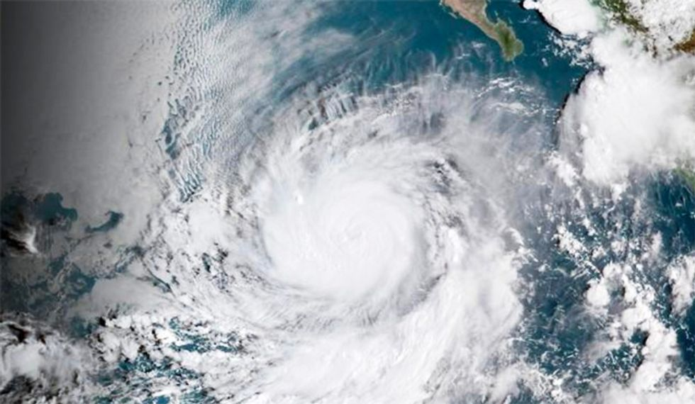 Hurricane Rosa loses strength as it spins toward California