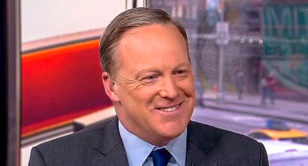 'Ultimate grifter' Sean Spicer doused in mockery for selling Valentine's Day messages for $199
