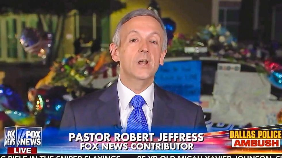 'God is not an open borders guy': Fox News pastor claims Trump's ban on Dreamers is 'biblical'