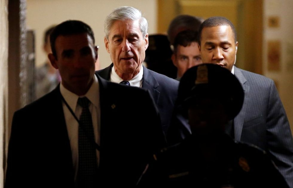 Panic spreads on Trump's legal team as everyone tries to guess who Mueller will indict