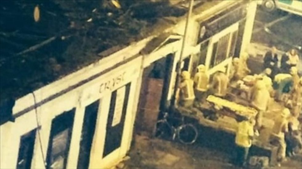 Helicopter removed from Glasgow pub after fatal crash