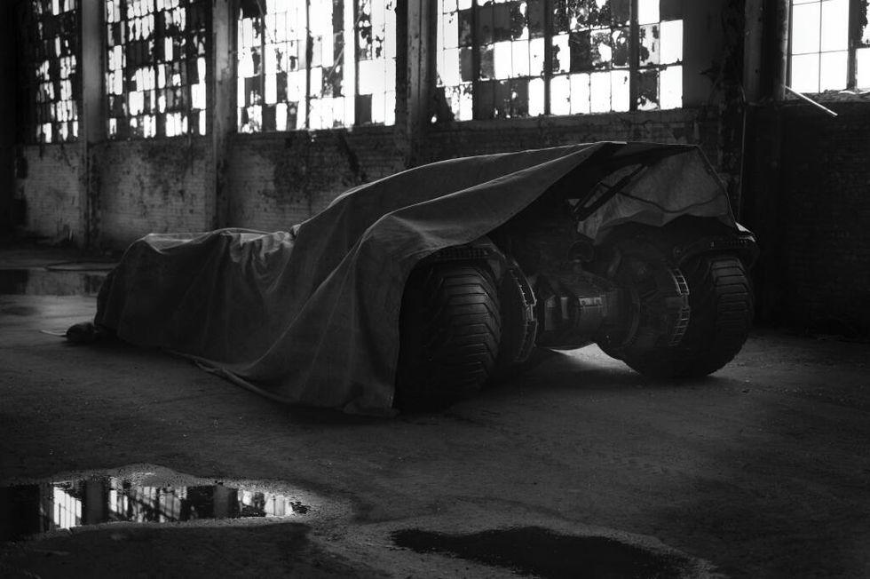 Ben Affleck's 'Batman' might drive a hybrid Batmobile