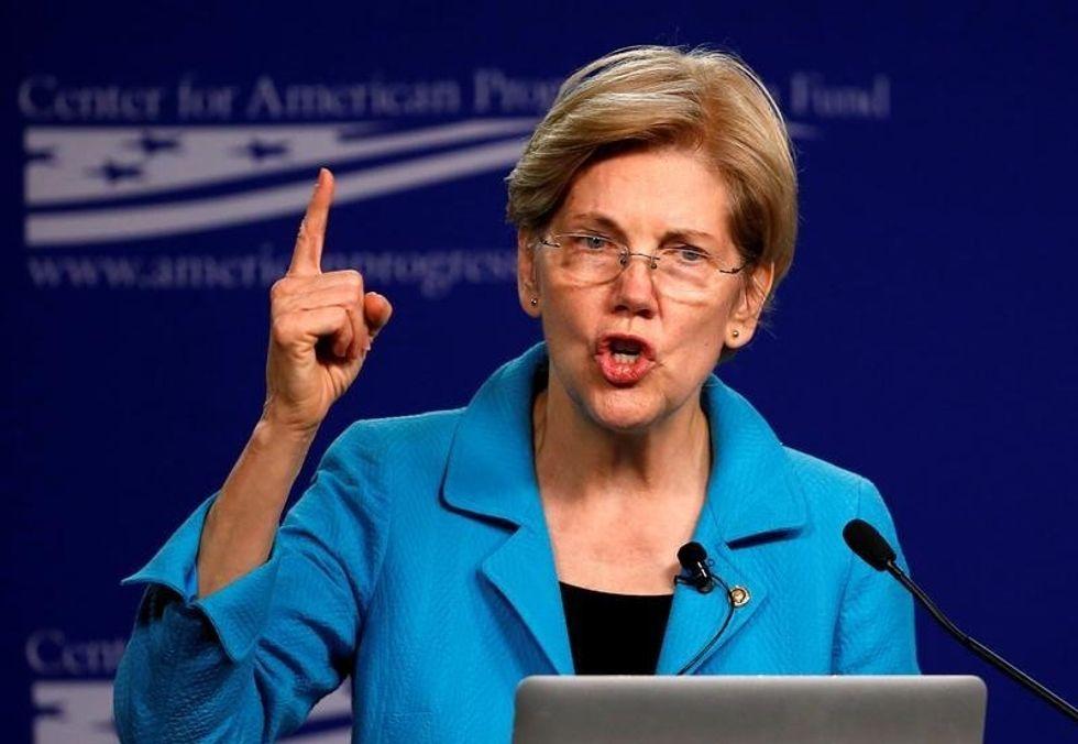 Senator Warren calls on Fed to remove Wells Fargo board members