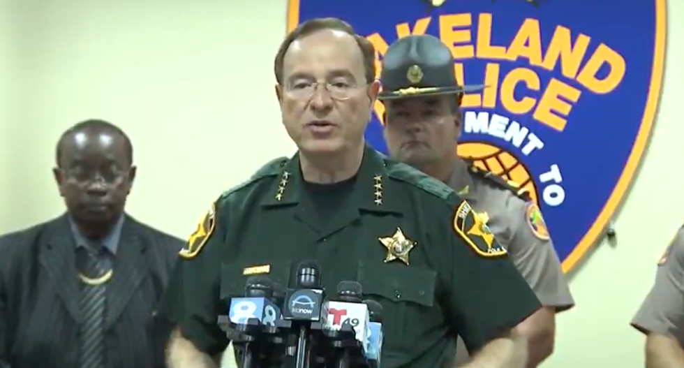 Florida sheriff praises residents for owning guns so they can shoot looters