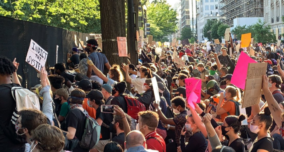 Protesters in Lafayette Park hit with gas for second night in a row: report