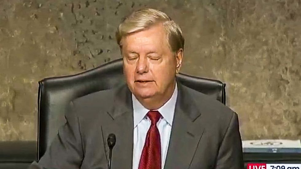 'Cannot unsee': Lindsey Graham's new Trump-like hair color overshadows Rosenstein hearing