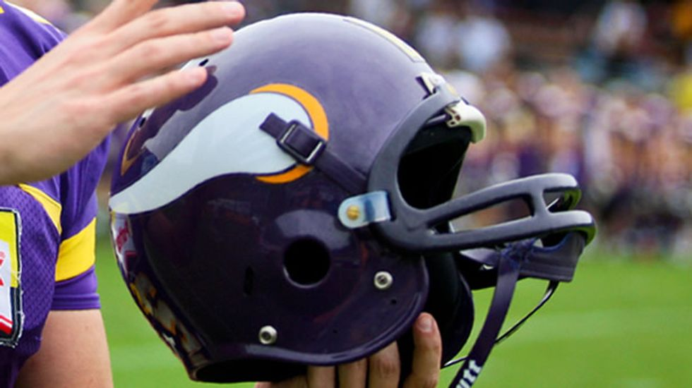 Vikings launch internal investigation of Kluwe's claims about homophobia