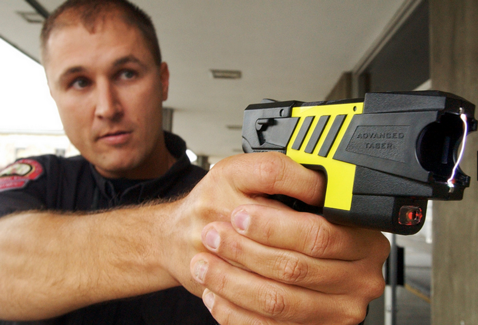 Cops use Taser on cleaning woman after mistaking her for burglar — then charge her with evading arrest