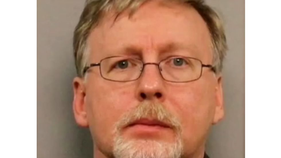 Prosecutors: Alabama pastor charged in wife's stabbing was fleeing US to marry his boyfriend