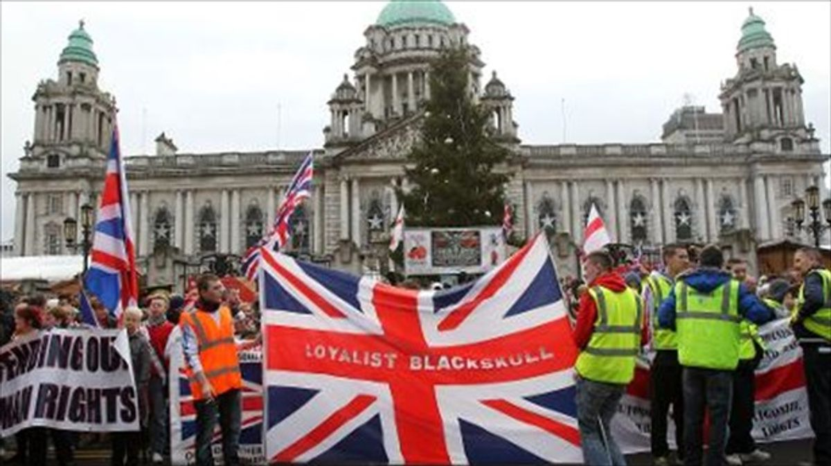 Northern Irish loyalist paramilitaries withdraw support for 1998 peace deal: Belfast Telegraph