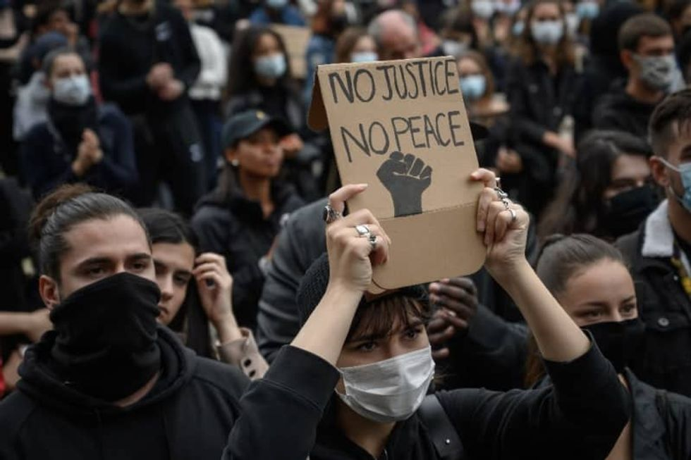 Thousands in Switzerland march against racism
