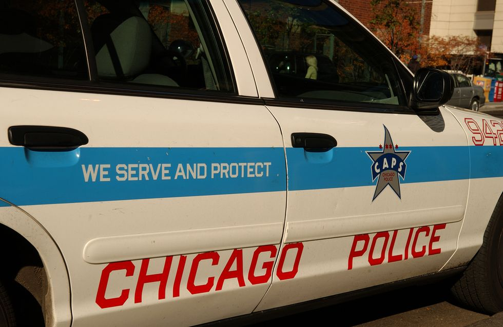 Crime-plagued Chicago to add nearly 1,000 police officers