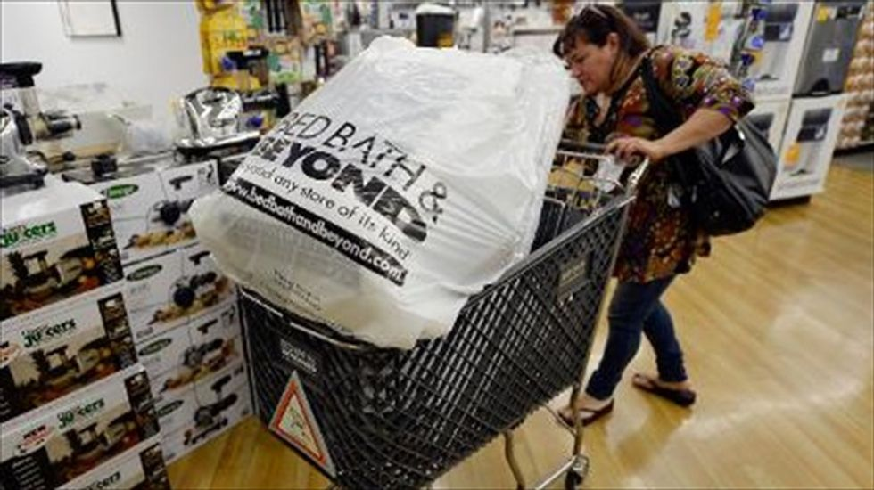 Retailers reporting weak holiday shopping revenues