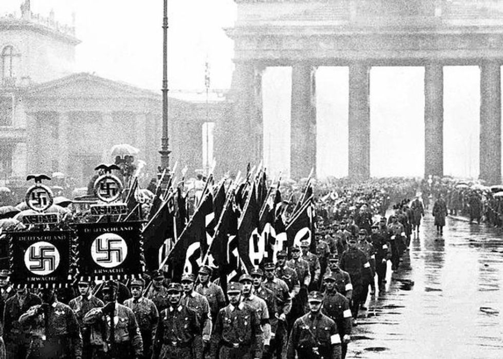 'Close to the point of no return': Historian explains how Trump uses authoritarian tools more powerful than Hitler's secret police