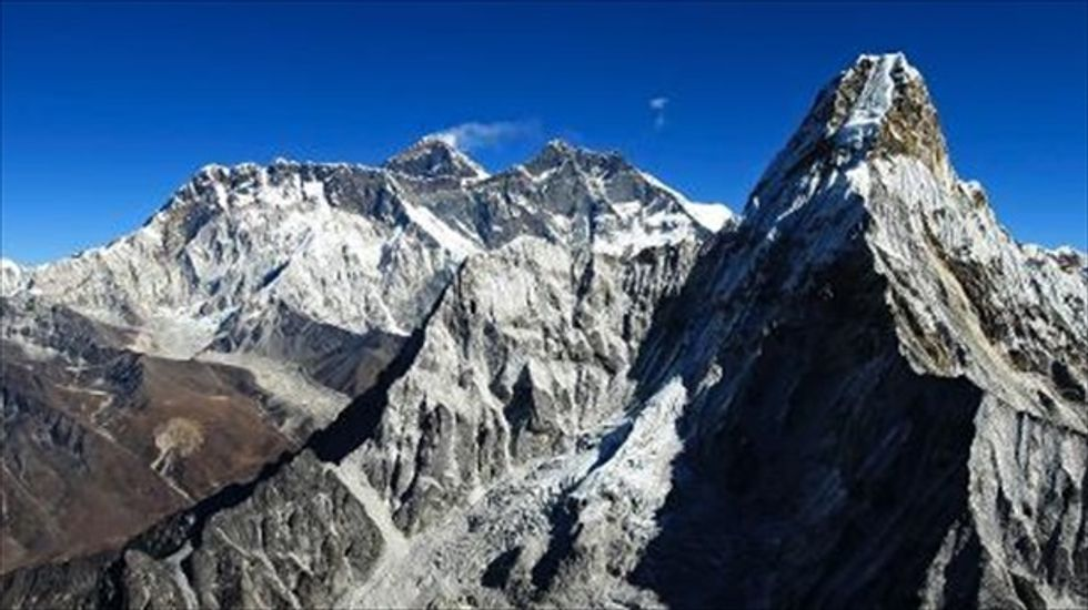 You can now 'climb' Mt. Everest with Google Maps
