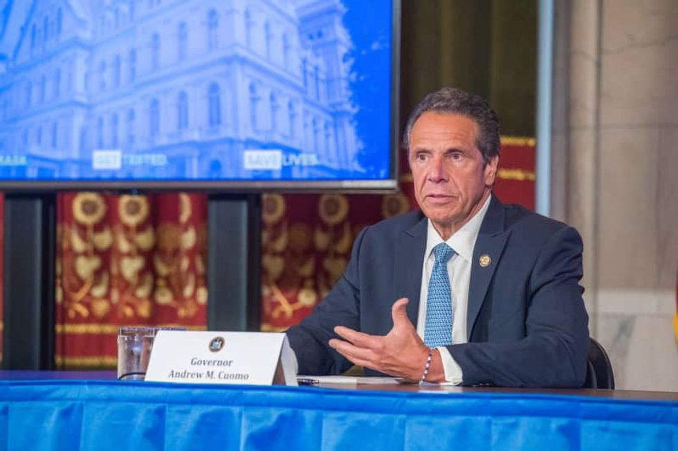 New York's governor to Florida travelers: How do you like them apples?