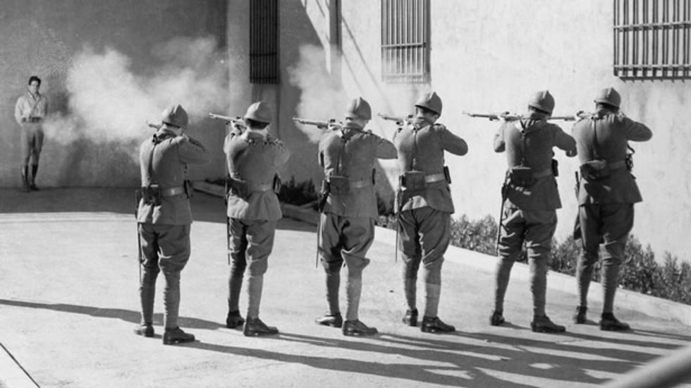 Missouri Republican proposes a bill allowing inmates to choose 'death by firing squad'