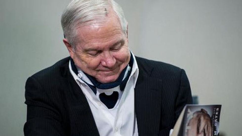 Robert Gates: Obama is 'absolutely right' to oppose new sanction against Iran