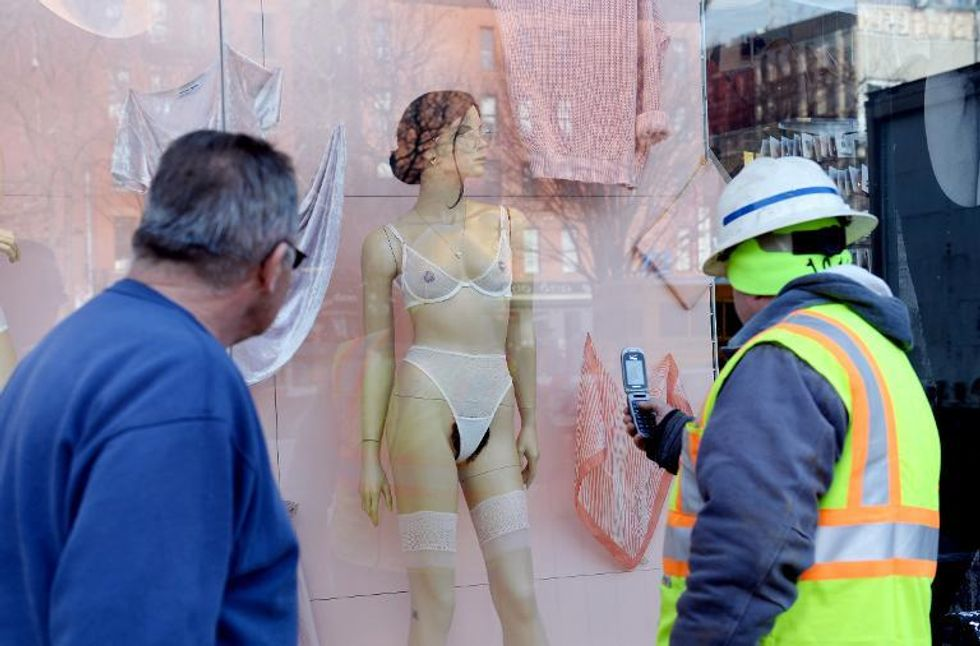American Apparel ignites controversy by displaying pubic hair on store window mannequins